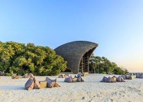 maledivy-hotel-dhigali-maldives-003.jpg