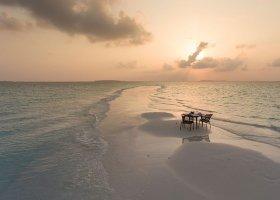 maledivy-hotel-dhigali-maldives-012.jpg
