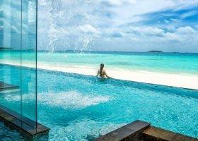 maledivy-hotel-four-seasons-landaa-giraavaru-123.jpg