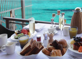maledivy-hotel-furaveri-island-resort-spa-028.png