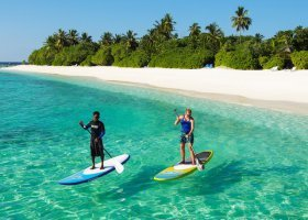 maledivy-hotel-furaveri-island-resort-spa-041.jpg