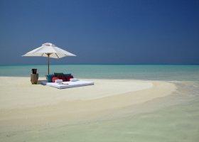 maledivy-hotel-furaveri-island-resort-spa-087.jpg