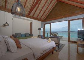 maledivy-hotel-furaveri-island-resort-spa-170.jpg