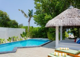 maledivy-hotel-furaveri-island-resort-spa-173.jpg