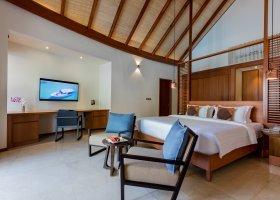 maledivy-hotel-furaveri-island-resort-spa-175.jpg