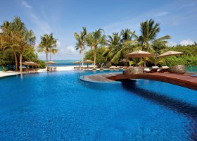 maledivy-hotel-hideaway-beach-resort-spa-121.jpg