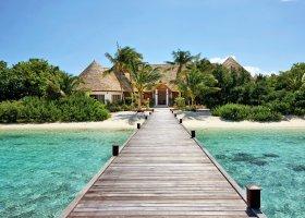 maledivy-hotel-hideaway-beach-resort-spa-126.jpg