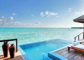 maledivy-hotel-hideaway-beach-resort-spa-136.jpg