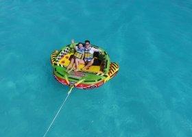 maledivy-hotel-hideaway-beach-resort-spa-242.jpg