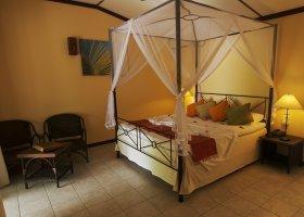 maledivy-hotel-kuredu-island-resort-144.jpg