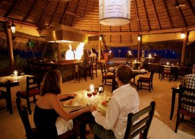 maledivy-hotel-kuredu-island-resort-250.jpg