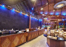 maledivy-hotel-kuredu-island-resort-spa-280.jpg