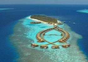 maledivy-hotel-lily-beach-resort-062.jpg
