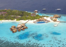 maledivy-hotel-lily-beach-resort-092.jpg