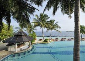 maledivy-hotel-royal-island-resort-117.jpg