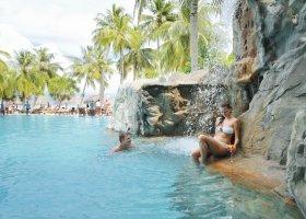 maledivy-hotel-sun-island-resort-163.jpg